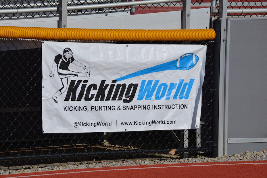 kickingworld sign